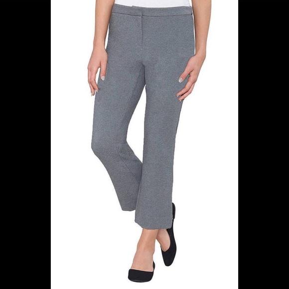 Max & Mia Denim - NWT Max & Mia Capri Dress Pull On Pants. Grey. M